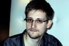 24 января бывший сотрудник ЦРУ Эдвард Сноуден, получивший широкую известность в мире после публикации секретных документов Агентства национальной безопасности (АНБ) США, провел двухчасовую пресс-конференцию в интернете. Пользователи твиттера оставили множество вопросов Сноудену с хэштегом #AskSnowden, но он успел ответить только на 13 из них. Мы выбрали самые важные вопросы, которые проигнорировал Эдвард Сноуден.