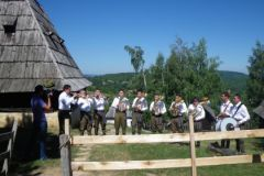 Сербы любят и умеют принимать гостей!