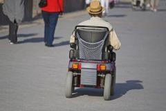 Люди на инвалидных колясках чаще остальных погибают под колесами автомобилей