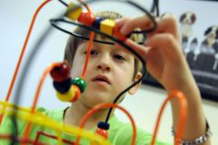 Генетические тесты дадут родителям ответ на причину аутизма у их ребенка