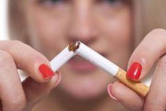 Бросившие курить женщины переносят симптомы менопаузы гораздо лучше