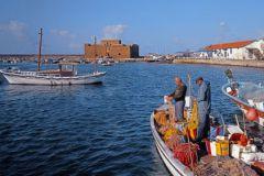 Туристический поток из Греции на Кипр вырос почти вдвое