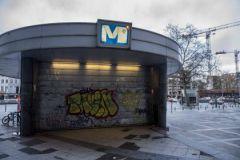 Закрытое метро в опустевшем Брюсселе