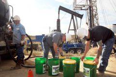 США не смогут конкурировать с Россией на рынке нефти, считает депутат