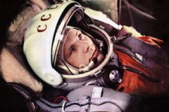 Валентин Петров: Гагарин искренне не считал себя героем... Гордился страной, а не собой