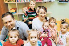 Александр и Евгения Теймуровы со своими воспитанниками