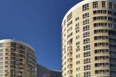 Частные маклеры обваливают рынок жилья, и фирмы закрываются