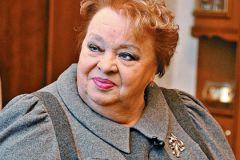 Наталья Крачковская: Подарил бы мне внук правнучку, я бы ей все цацки отдала