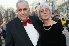 Эльдар Рязанов с супругой Эммой Абайдуллиной