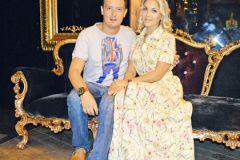 Стас Ярушин с женой