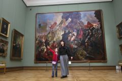 Начинается история по травле искусствоведов-экспертов, боятся сотрудники галереи