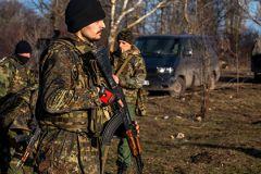 По информации наблюдателей, огонь вёлся из миномётов и танков