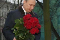 Владимир Путин пока так и не обратился к нации...