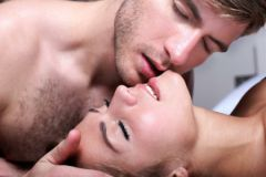 В руки «безоружного» любовника попали десятки женщин