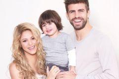 Шакира с сыном и мужем Жераром Пике