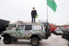 Лидер МПВП Котов на броневике. Почти Ленин