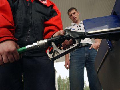 С 1 апреля акцизы на бензин снова вырастут