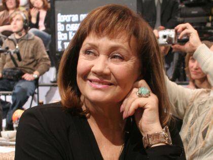 Лариса Лужина