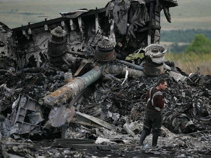 Специалисты пока не идентифицировали двух погибших пассажиров