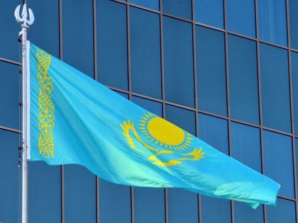 Нурсултан Назарбаев проводит в Казахстане политические реформы