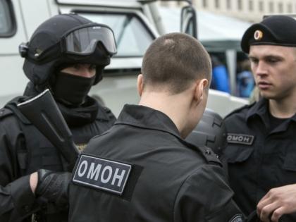 Полиция поищет свастику в магазинах перед 9 мая