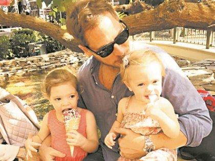 Уилл Копельман с дочерьми