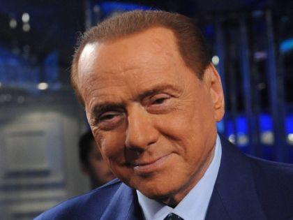 Берлускони сделал несколько неудачных операций по пересадке волос