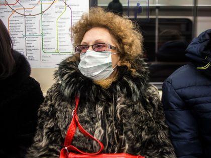 Россияне панически скупают защитные маски