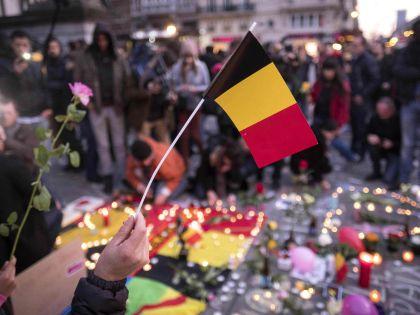 Весь мир скорбит по погибшим в ходе террористической атаки на Брюссель