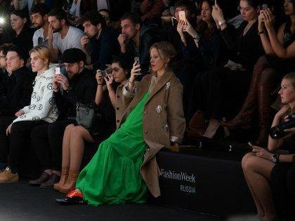 Беременная Собчак на Fashion Week Russia