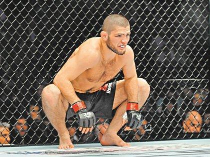 По собственным словам спортсмена, между боями он весит 85 килограммов, что не мешает ему выступать в легком весе – до 70 кг
