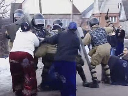 В конфликт в Плеханово пришлось вмешаться ОМОНу