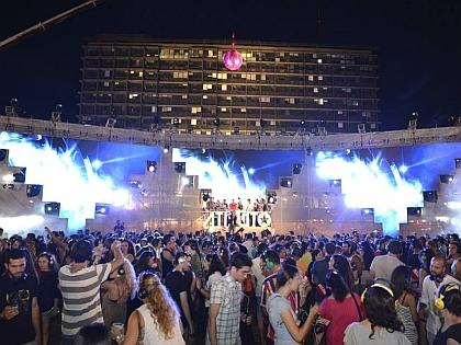 """На фестивале """"Белые ночи"""" в Тель-Авиве гостей будут развлекать всю ночь напролет"""