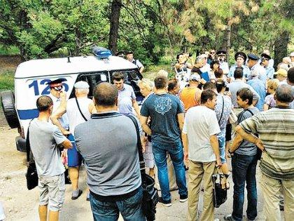 Участники хотели пожаловаться президенту на бездействие и коррумпированность местных властей