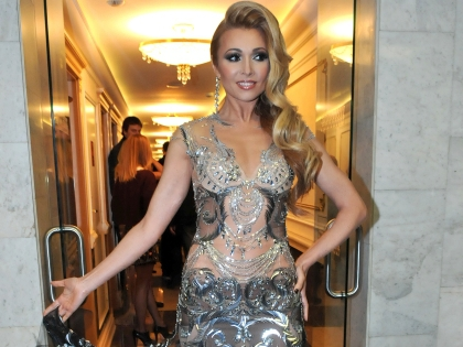 Анжелика Агурбаш в платье от Валентина Юдашкина
