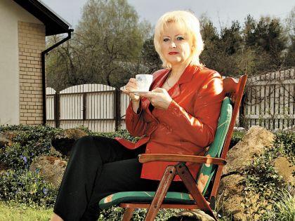 Заслуженная артистка Эстонии признается, что лучший отдых для нее – в любимом доме