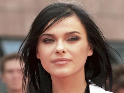 Елена Темникова сняла с себя все и попозировала голышом. Горячие бесплатные фото и видео