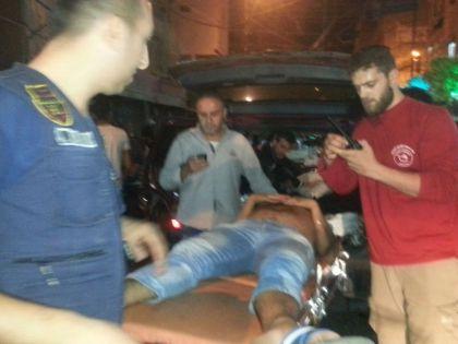Люди самостоятельно эвакуировали раненых с места теракта