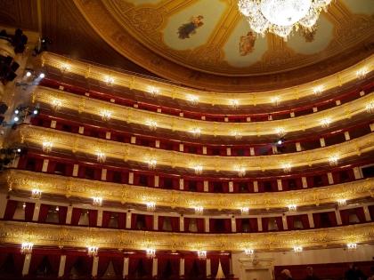 Для иностранцев попасть в Большой театр значит увидеть Москву