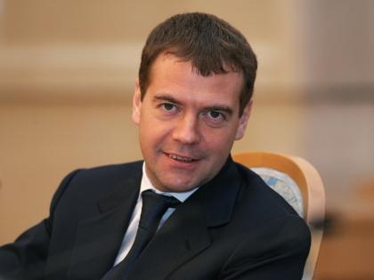 Дмитрий Медведев пообещал Западу жесткий ответ