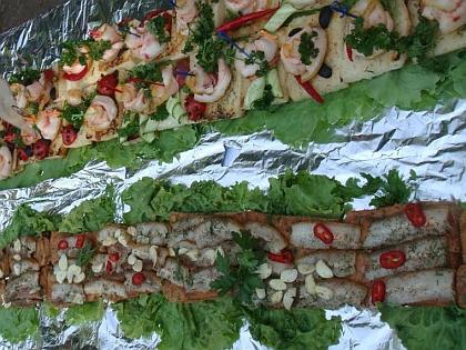 Самый длинный бутерброд с салом