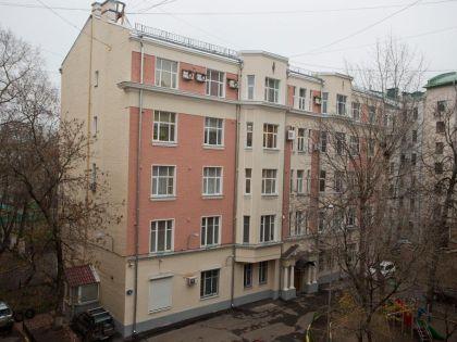 Дом в Даевом переулке, в котором находится квартира жены Мурова