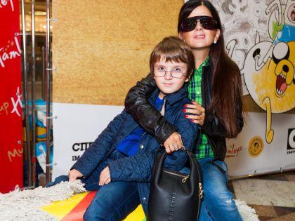 Диана Гурцкая с сыном Константином
