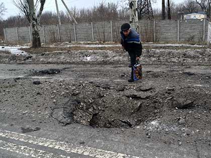 По одной из версий, за взрывом в Донецке 8 февраля стоят сами сепаратисты