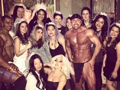 Леди Гага на вечеринке