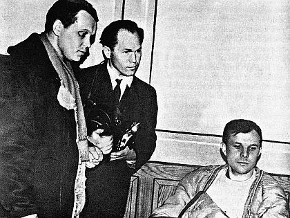 Махмуд Рафиков и Юрий Гагарин