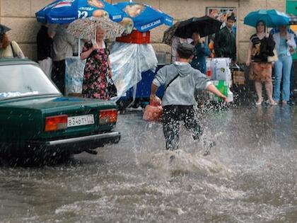 Интенсивность дождей в Московском регионе ослабнет только 27 июня