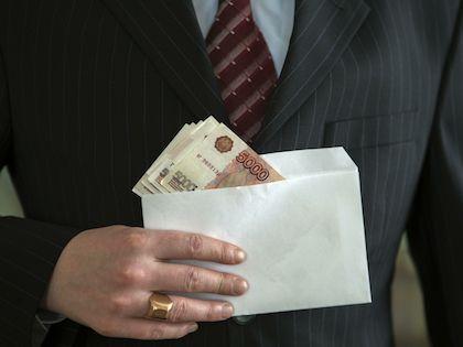 Работник, получающий серую зарплату, лишается права на оплачиваемый больничный