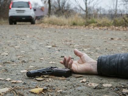 Согласно разнящейся информации, в результате нападения погиб как минимум один сотрудник полиции, еще один тяжело ранен