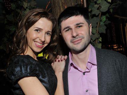 Сын Барыкина Георгий со своей женой